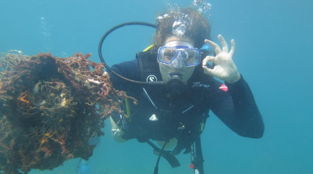 A volunteer diving in Cambodia